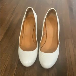 1937 leather round toe pumps used